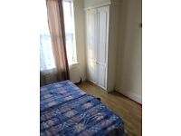 Large Double Room Available In East Ham-10min To Station £609pm