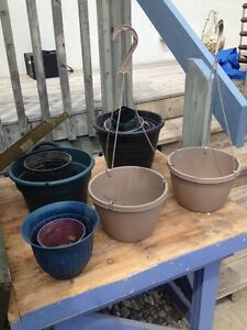 Free planters and pots