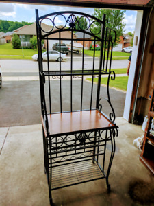 Bakers Table Buy Or Sell Tables In Ontario Kijiji