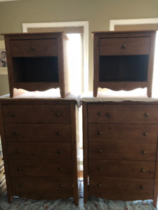 Matching - 2 dressers and 2 night tables