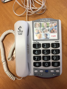 Clarity P300 telephone