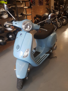 Good Condition Vespa LX150