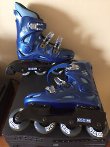 CCM inline rollerblades and knee/wrist pads