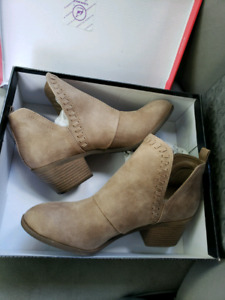 NORSTROM BOOTS FOR SALE
