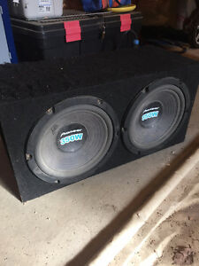 "Sub box with 2 10"" subs"