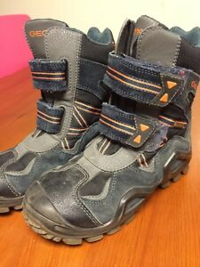 Toddler Geox size 12 winter boots