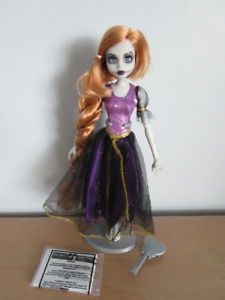 Once Upon a Zombie Rapunzel & Little Mermaid Complete 2012