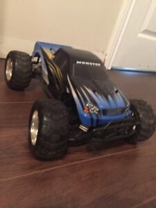 Red cat RC truck