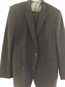 Bellissimo Black Wool Men's Suit (Jacket  44R, pants 38)
