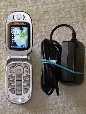 Motorola V547 Silver & Grey Unlocked Classic Flip Phone