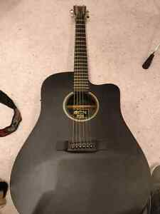 martin buy or sell guitars in ontario kijiji classifieds. Black Bedroom Furniture Sets. Home Design Ideas