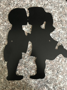 Kissing Metal Art/Gate or Fence Insert Sign