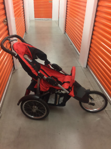 Baby Stroller/Poussette Safety 1st