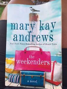 The Weekenders Novel by Mary Kay andrews Kitchener / Waterloo Kitchener Area image 1