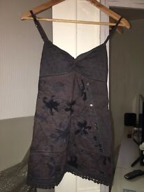 Ladies top size 10