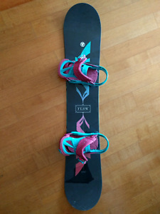 PRICE DROP: BRAND NEW Flow 2015 Venus snowboard - women's