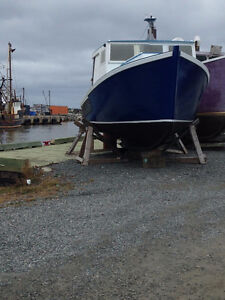 32 FOOT CAPE ISLAND LOBSTERBOAT FOR SALE