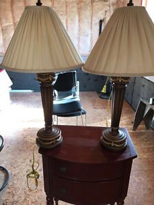 2 TABLE LAMPS FOR SALE - EXCELLENT CONDITION