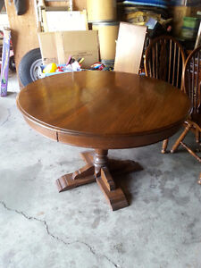 oak roxton table and chairs