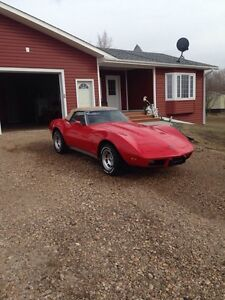 75 Corvette stingray convertible
