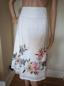 Linen floral print skirt size 10.