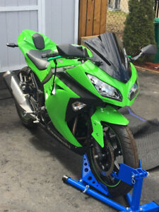 Mint 2016 Kawasaki Ninja 300 Low Hours Custom Motorcycle