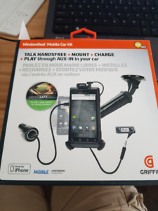 Griffin Cell Phone Car Mount incl USB charger and AUX