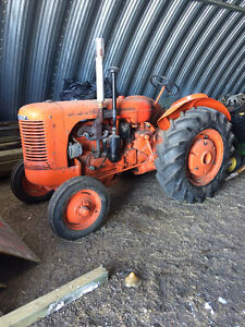 1941 S CASE Tractor