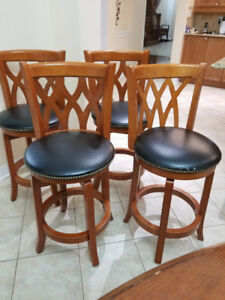 LEATHER OAK  BAR STOOLS- SET OF 4- GREAT CONDITION