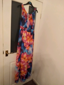 Showcase by Dorothy Perkins Maxi dress size 18 . . Brand new.