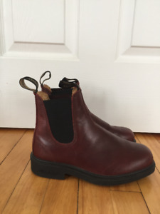 Blundstones -CHISEL TOE REDWOOD TWIN GORE BOOTS