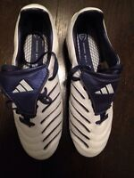 Ladies soccer shoes 9 1/2