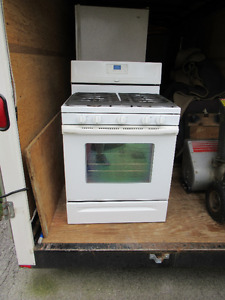 Gas stove in excellent for sale