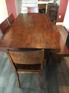 Dining Table - Best Offer