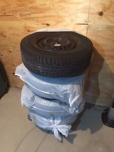 Nokian snow tires and rims 205/70 R15