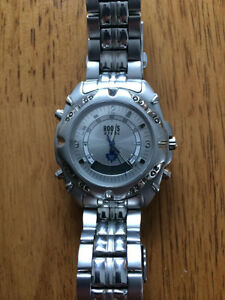 Mens Roots Toronto Maple Leafs Watch