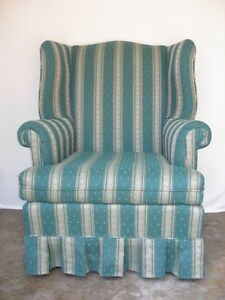 Wing Back Chair-Hunter Green Upholstered Chair Kitchener / Waterloo Kitchener Area image 3