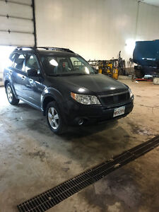 2009 Subaru Forester manual