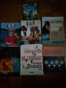 Des livres du AEC en technique à l'enfance