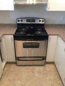 NEVER USED! brand new GE: fridge, stove, dishwasher, hood range