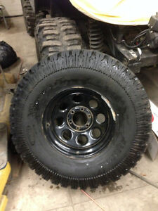 37/12.5/17 pro comp extreme a/t on chevy 6 bolt rims
