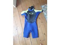 Kids short wet suit, size K12