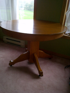 WOODEN TABLE WITH INSERT