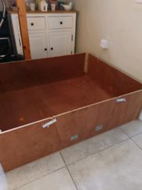 Large puppy whelping box 100 x 120 cm