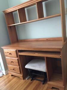 Desk and chair for sale need gone
