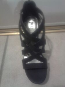 Black Wedges for Sale! London Ontario image 3