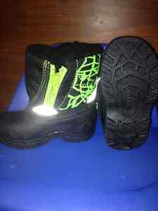 Size 3t winter boots