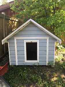 Doghouse - Very well constructed, insulated and heated