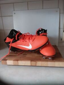 Soulier de football Nike Alpha Talon Elite à vendre 60$
