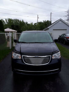 Chrysler Town and Country 2012 FULL ÉQUIPÉ